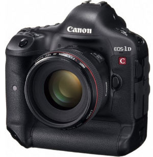 دوربین های عکاسی برای فیلمبرداری فول اچ دی با رزولیشن بالا در آتلیه اندیشه نو