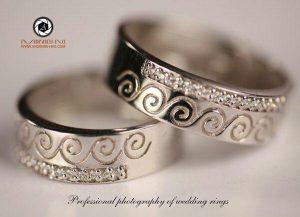 macro photography studio of jewelry andisheh no 300x217 - عکاسی شیک ترین مدل های سرویس طلا و جواهرات