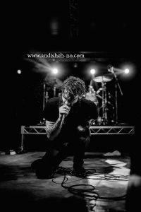 concert photography 3 200x300 - نحوه عکاسی از کنسرت