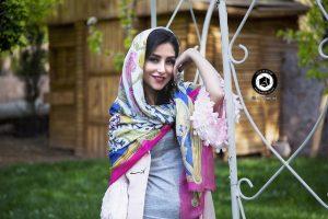 scarf photographer modeling garden atelier fashion hijab clothing feminine andisheh no 25 300x200 - scarf photographer modeling garden Atelier fashion Hijab Clothing feminine andisheh no (25)
