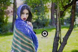 scarf photographer modeling garden atelier fashion hijab clothing feminine andisheh no 37 300x200 - scarf photographer modeling garden Atelier fashion Hijab Clothing feminine andisheh no (37)