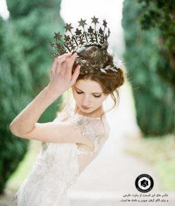 bridal crown photography studio wedding 3 255x300 - انتخاب لباس عروس ، تاج ، مکاپ ، مزون ، دسته گل عروسی