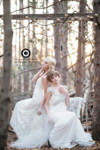 bride dress wedding photography 10 200x300 - مزون لباس عروس و مدل پوشش در مراسم عروسی و طراحی لباس Bride dress wedding photography (10)
