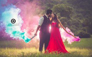 colorful smoke in the wedding photo 10 300x186 - عکاسی همراه با دود رنگی از عروسی و داماد و ساخت کلیپ عروسی - Colorful smoke in the wedding photo (10)