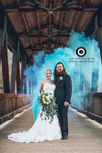 colorful smoke in the wedding photo 13 200x300 - عکاسی همراه با دود رنگی از عروسی و داماد و ساخت کلیپ عروسی - Colorful smoke in the wedding photo (13)