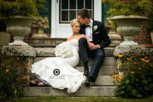 double image of bride and groom 23 300x200 - انتخاب لباس عروس ، تاج ، مکاپ ، مزون ، دسته گل عروسی