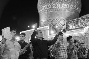 religious photographer ghadr night 13 300x200 - Religious photographer - Ghadr night - عکاسی مذهبی - شب قدر - شاه عبدالعظیم - شهر ری - عکاس مهندس نیما نصیری نائینی (۱۳)