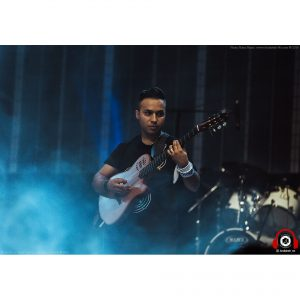 photography iran concert hojatashrafzade 7 1 300x300 - photography iran concert hojatashrafzade - عکاسی حرفه ای کنسرت بزرگ حجت اشرف زاده در هتل اسپیناس پالاس تهران - عکاس نیما نصیری - اندیشه (۷)