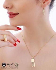 gold jewelry ring earrings ring bracelet photography modeling 1 4 237x300 - عکاسی شیک ترین مدل های سرویس طلا و جواهرات