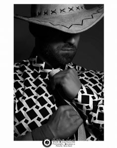 black and white modeling photography profile 1 1 237x300 - عکس سیاه و سفید مدلینگ آتلیه عکاسی