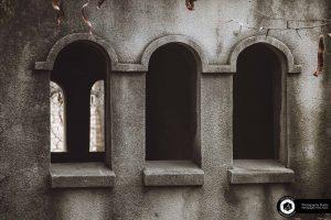 social and cultural documentary tourism photography 7 300x200 - عکس های گورستان لهستانی دولاب