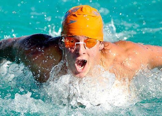 Swimmer 3 by Yesitsdrew5310 1 - عکاسی ورزشی چیست و چگونه انجام میشود؟